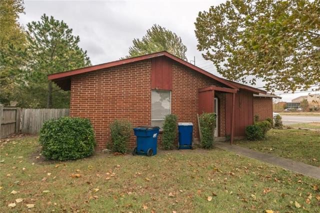 1315 SE Se D  St, Bentonville, AR 72712 (MLS #1063481) :: McNaughton Real Estate