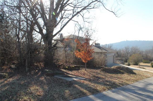 2915 Flagstone  Cir, Fayetteville, AR 72701 (MLS #1070544) :: McNaughton Real Estate