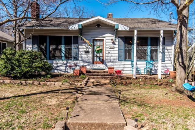 320 E E Maple  St, Fayetteville, AR 72701 (MLS #1073795) :: McNaughton Real Estate