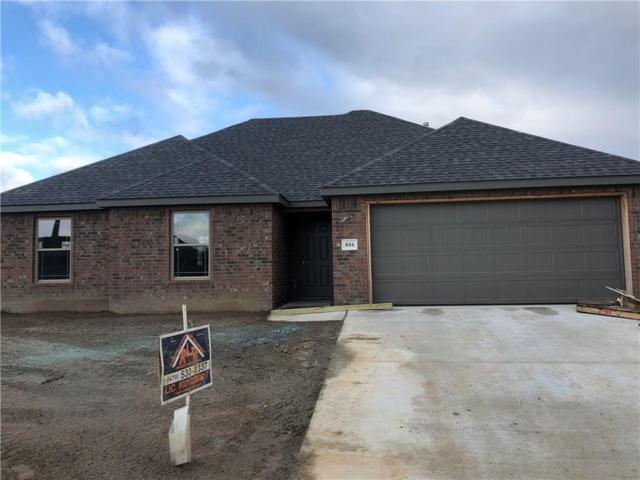 904 Mulberry  St, Gravette, AR 72736 (MLS #1081076) :: Five Doors Real Estate - Northwest Arkansas