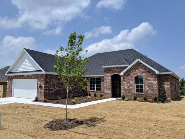 5786 W Cane Hill  Dr, Fayetteville, AR 72704 (MLS #1111462) :: HergGroup Arkansas
