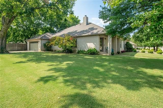 81 E Cydnee, Fayetteville, AR 72703 (MLS #1151336) :: Jessica Yankey | RE/MAX Real Estate Results