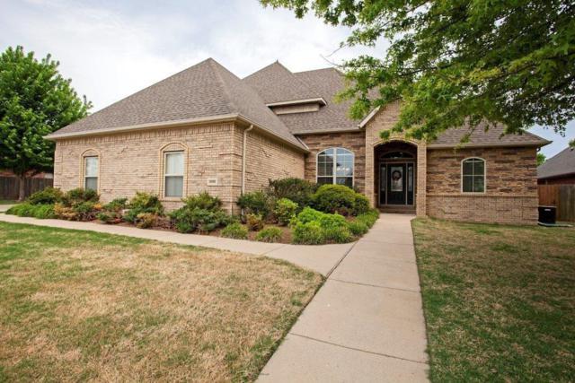 2300 SW Sw Pinoak  Ave, Bentonville, AR 72712 (MLS #1076059) :: McNaughton Real Estate