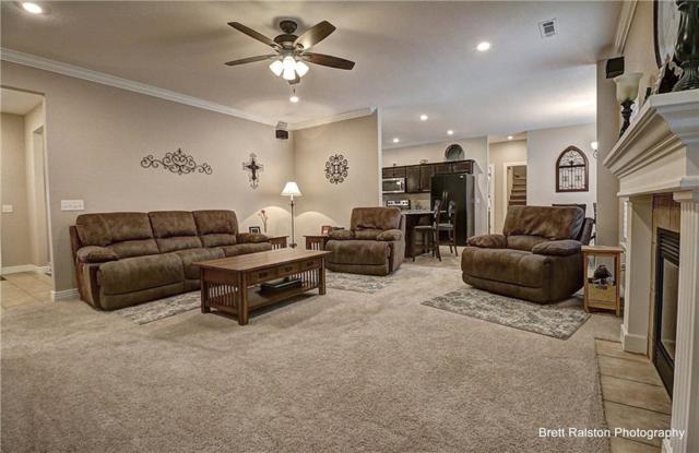 513 Oak Run Lane, Cave Springs, AR 72718 (MLS #1076922) :: McNaughton Real Estate