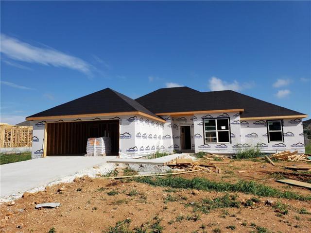 450 Concho  St, Farmington, AR 72730 (MLS #1086761) :: McNaughton Real Estate