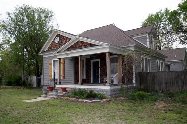1224 W Huntsville Avenue, Springdale, AR 72764 (MLS #1181184) :: Five Doors Network Northwest Arkansas