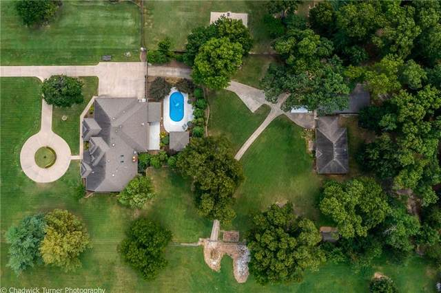 2910 W Seminole Drive, Rogers, AR 72758 (MLS #1193618) :: NWA House Hunters | RE/MAX Real Estate Results