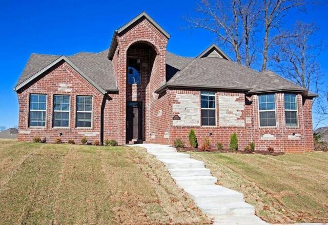 2901 NE Doyle Drive, Bentonville, AR 72712 (MLS #1047217) :: McNaughton Real Estate