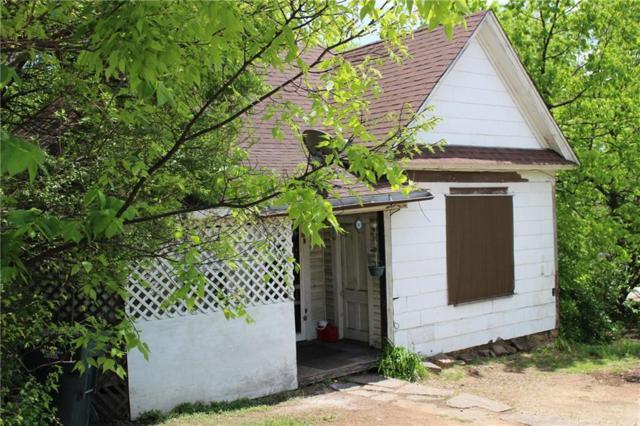204 S S College  Ave, Fayetteville, AR 72701 (MLS #1076052) :: HergGroup Arkansas