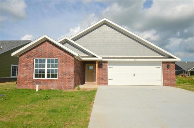 2241 N N Inglewood  St, Siloam Springs, AR 72761 (MLS #1065417) :: McNaughton Real Estate