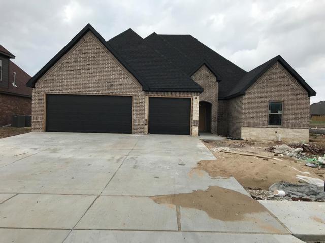 1808 SW Edinburgh Avenue, Bentonville, AR 72712 (MLS #1066266) :: McNaughton Real Estate