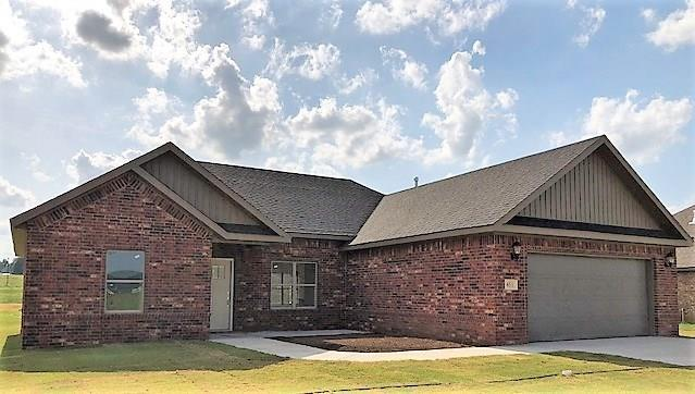 651 Captain Marshall, Prairie Grove, AR 53656 (MLS #10007163) :: McNaughton Real Estate