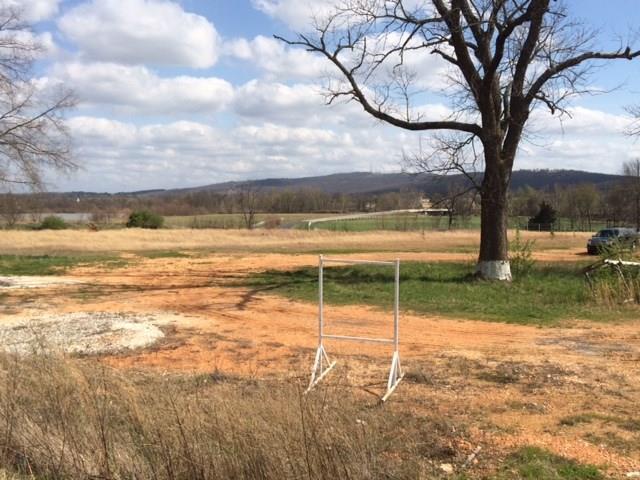 2805 E E Huntsville  Rd, Fayetteville, AR 72701 (MLS #1013176) :: McNaughton Real Estate