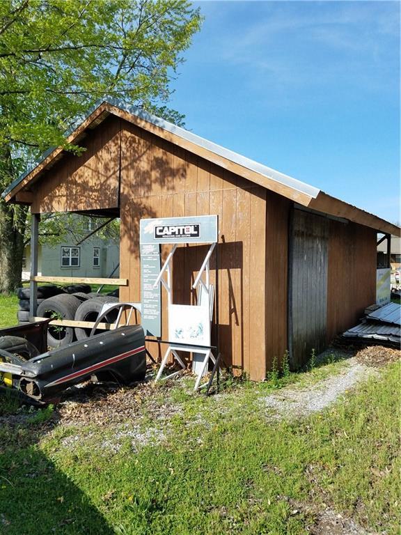 112 S Nelson, Gentry, AR 72734 (MLS #1061708) :: McNaughton Real Estate