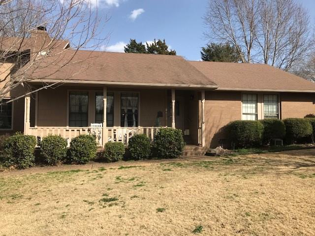 2553 Ferguson  Ave, Fayetteville, AR 72703 (MLS #1073826) :: McNaughton Real Estate