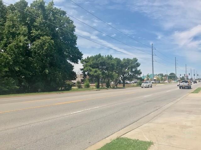 3311 14th  St, Bentonville, AR 72712 (MLS #1086429) :: McNaughton Real Estate