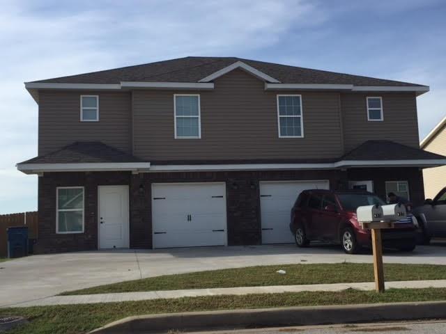 815/817 Nw Baker  St, Gravette, AR 72736 (MLS #1093992) :: Five Doors Real Estate - Northwest Arkansas