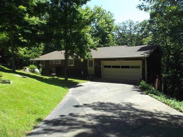8522 Woodcrest  Dr, Rogers, AR 72756 (MLS #1131465) :: Five Doors Network Northwest Arkansas