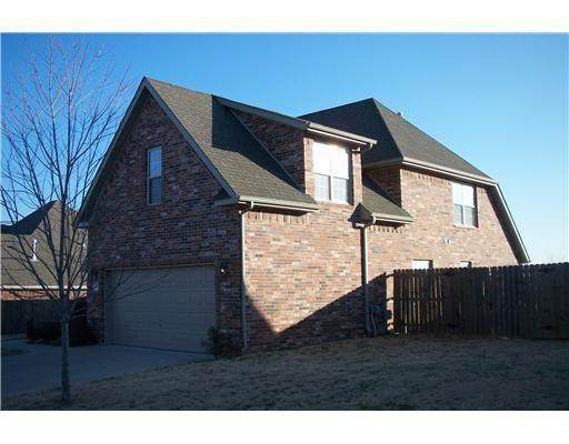 2390 N Hidden Creek  Dr, Fayetteville, AR 72704 (MLS #1143583) :: McNaughton Real Estate