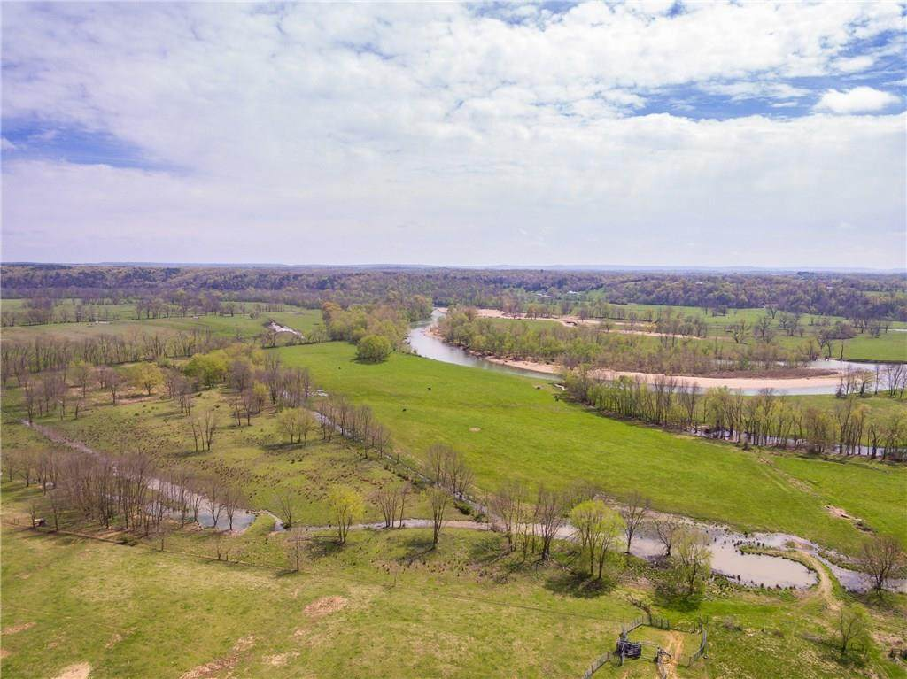 17982 River Valley Road - Photo 1