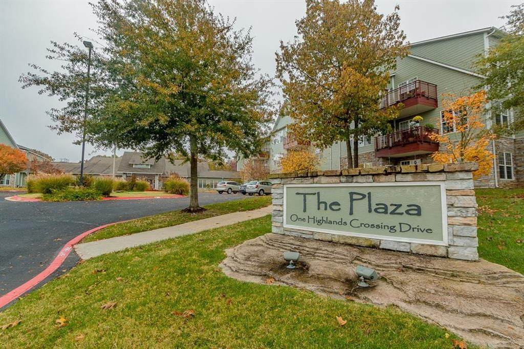 1 Highlands Crossing Drive - Photo 1
