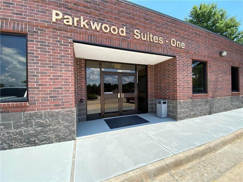 101 & 113 Parkwood Street - Photo 1