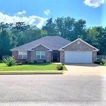 411 Timber Ridge Street, Centerton, AR 72719 (MLS #1155324) :: McNaughton Real Estate