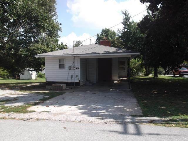 312 N B Street, Centerton, AR 72719 (MLS #1161043) :: Jessica Yankey | RE/MAX Real Estate Results