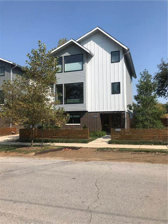 310 NW B Street, Bentonville, AR 72712 (MLS #1162136) :: Five Doors Network Northwest Arkansas