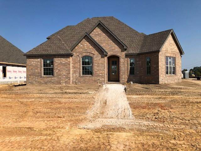 221 Viale Benedetto Street, Springdale, AR 72762 (MLS #1162142) :: Annette Gore Team | RE/MAX Real Estate Results