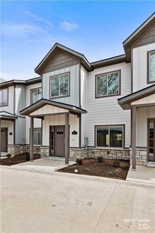 420 NW Retreat Lane, Bentonville, AR 72712 (MLS #1166616) :: McMullen Realty Group