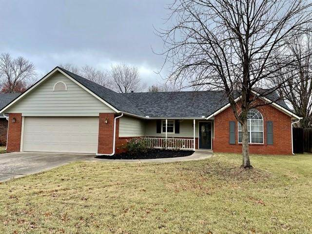 1007 N 26th Street, Rogers, AR 72756 (MLS #1166934) :: McNaughton Real Estate