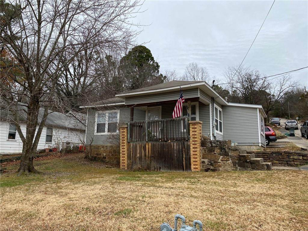 656 Huntsville Road - Photo 1