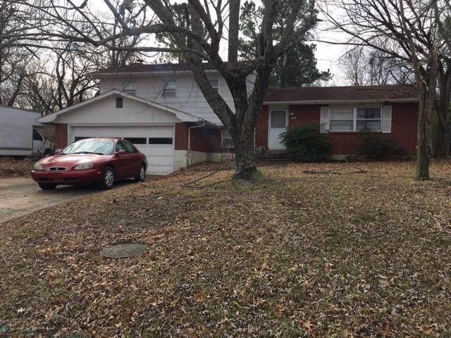 1011 Rolling Hills Drive, Fayetteville, AR 72703 (MLS #1171363) :: Five Doors Network Northwest Arkansas
