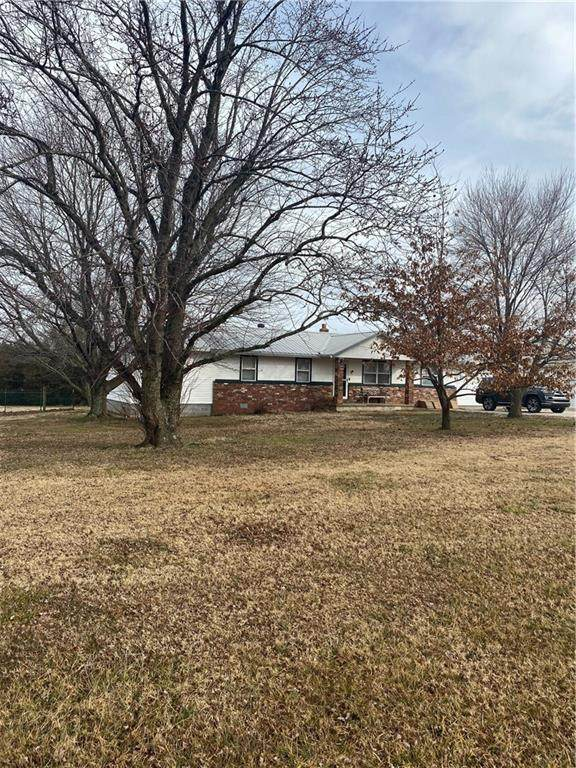 11286 SW Campbell Road, Fayetteville, AR 72701 (MLS #1171909) :: McNaughton Real Estate