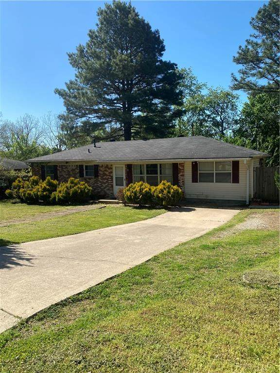 2403 Cottonwood Place, Springdale, AR 72762 (MLS #1183822) :: United Country Real Estate