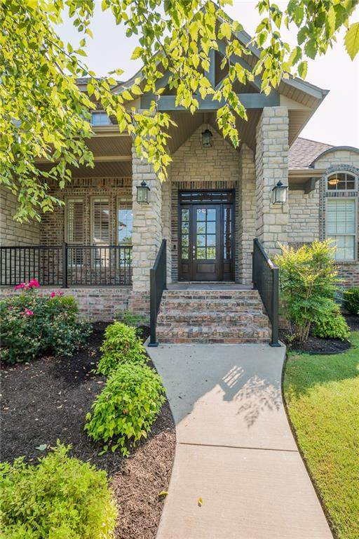 3240 N Delmonico Drive, Fayetteville, AR 72703 (MLS #1188226) :: McMullen Realty Group