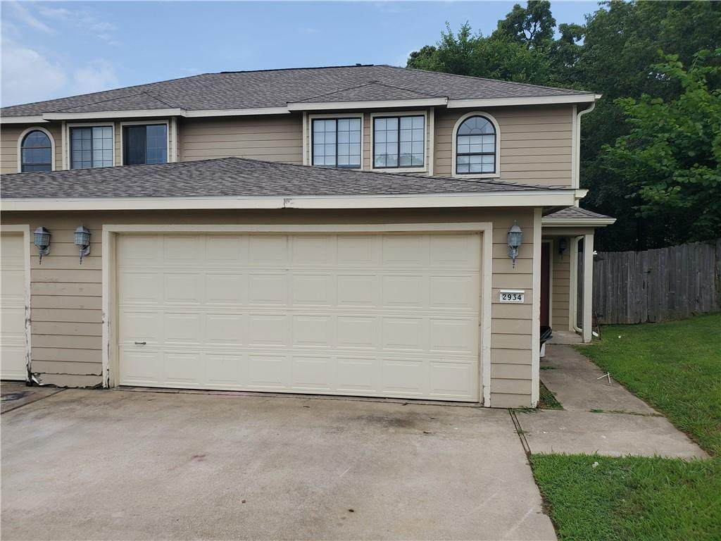 2934 Sterling Court - Photo 1