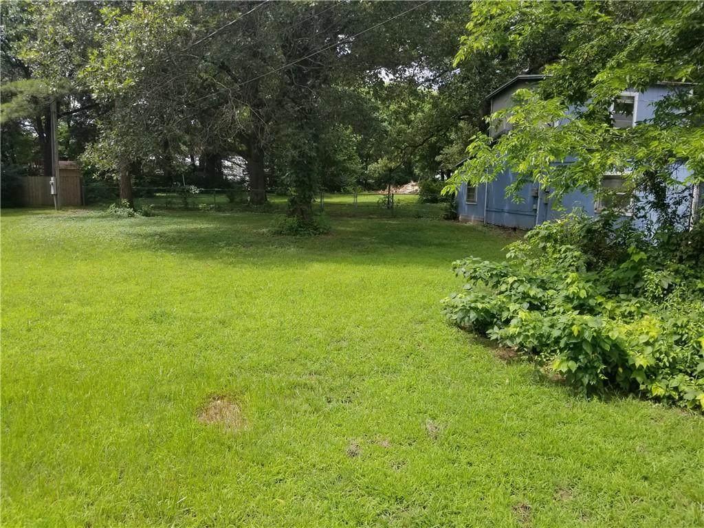 12425 Bethel Blacktop Road - Photo 1