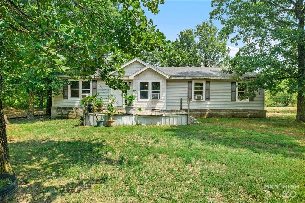 8030 S. Tillys Hill Road - Photo 1