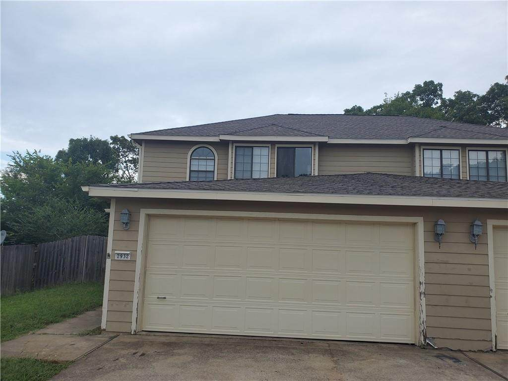 2932 Sterling Court - Photo 1