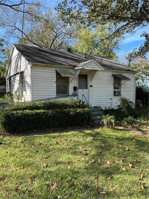 705 NW A Street, Bentonville, AR 72712 (MLS #1201257) :: Five Doors Network Northwest Arkansas