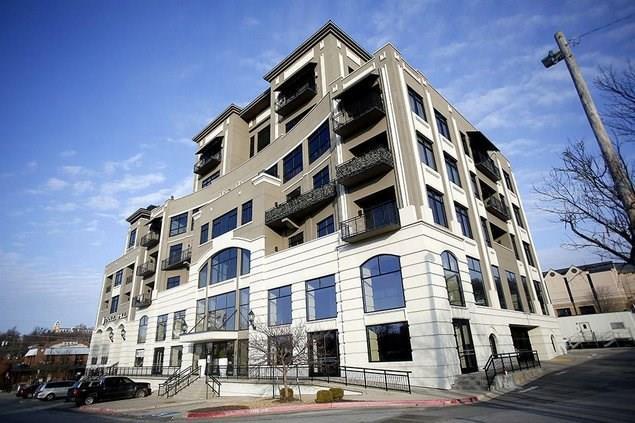 401 W Watson  St Unit #506 #506, Fayetteville, AR 72701 (MLS #1084299) :: McNaughton Real Estate