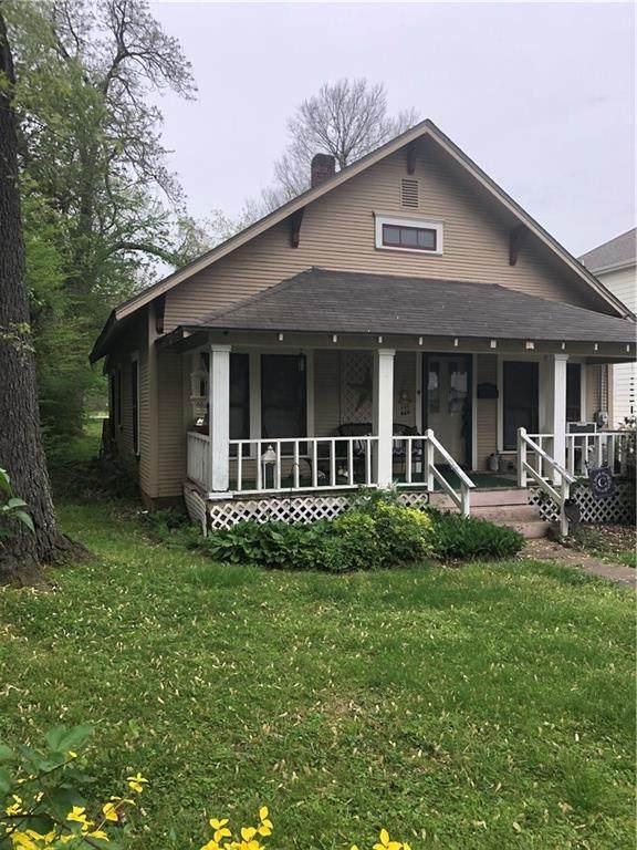 404 SE C Street, Bentonville, AR 72712 (MLS #1181842) :: Five Doors Network Northwest Arkansas