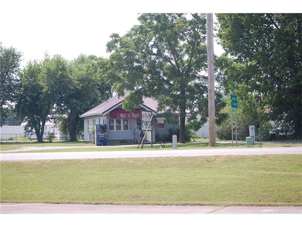 224 Otis Avenue - Photo 1