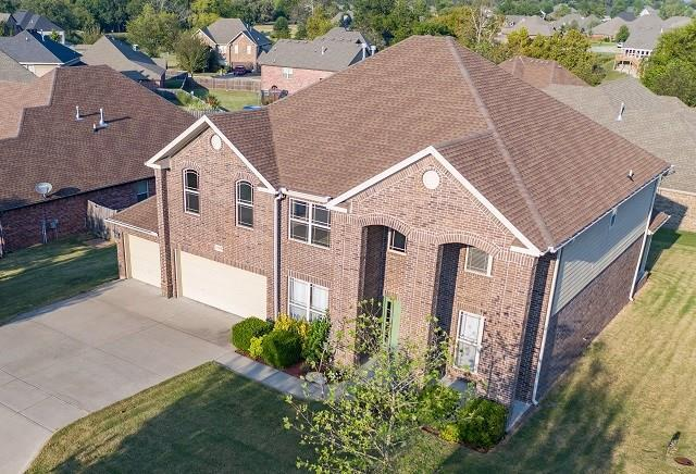 1626 S Coopers Cove, Fayetteville, AR 72701 (MLS #1059277) :: McNaughton Real Estate