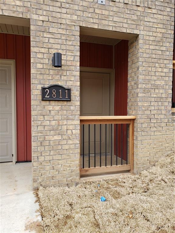 2811 Lakewood  Dr, Fayetteville, AR 72704 (MLS #1100918) :: Five Doors Network Northwest Arkansas