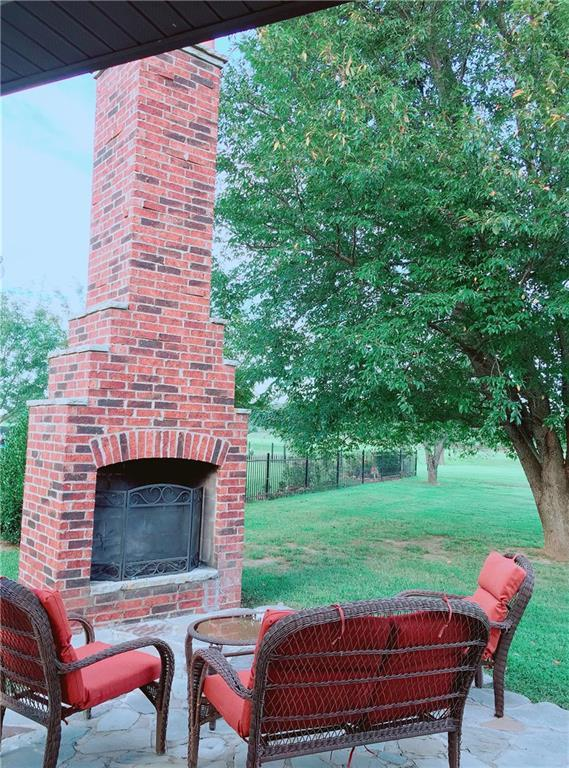 11348 Frisco  Dr, Farmington, AR 72730 (MLS #1065382) :: McNaughton Real Estate