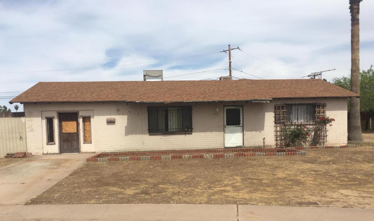 3443 N 49TH Drive, Phoenix, AZ 85031 (MLS #5588171) :: Cambridge Properties