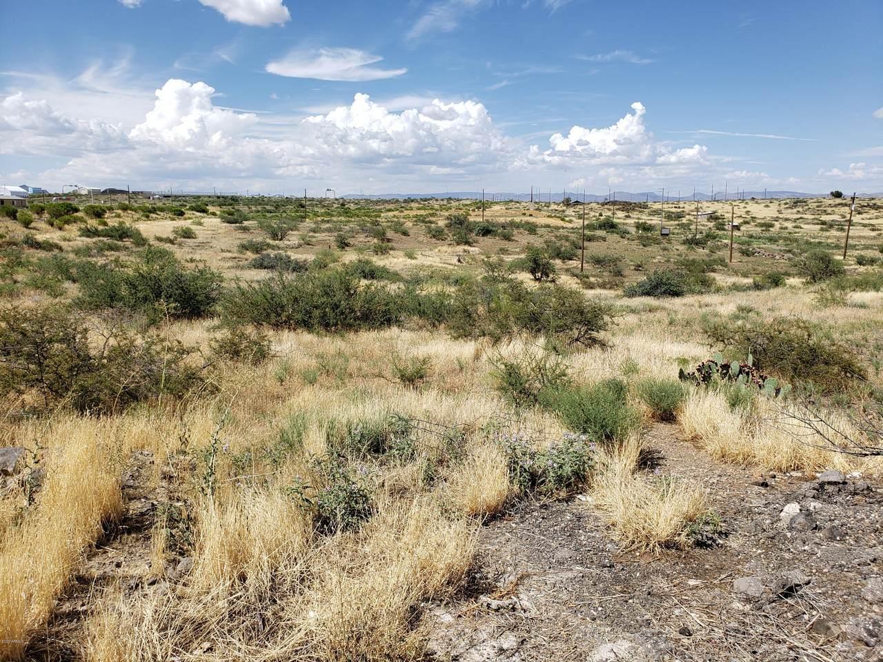 14743 Stagecoach Trail - Photo 1